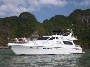 serenity-phuket-andaman-langkawi-luxury-yacht-charter_-(5)