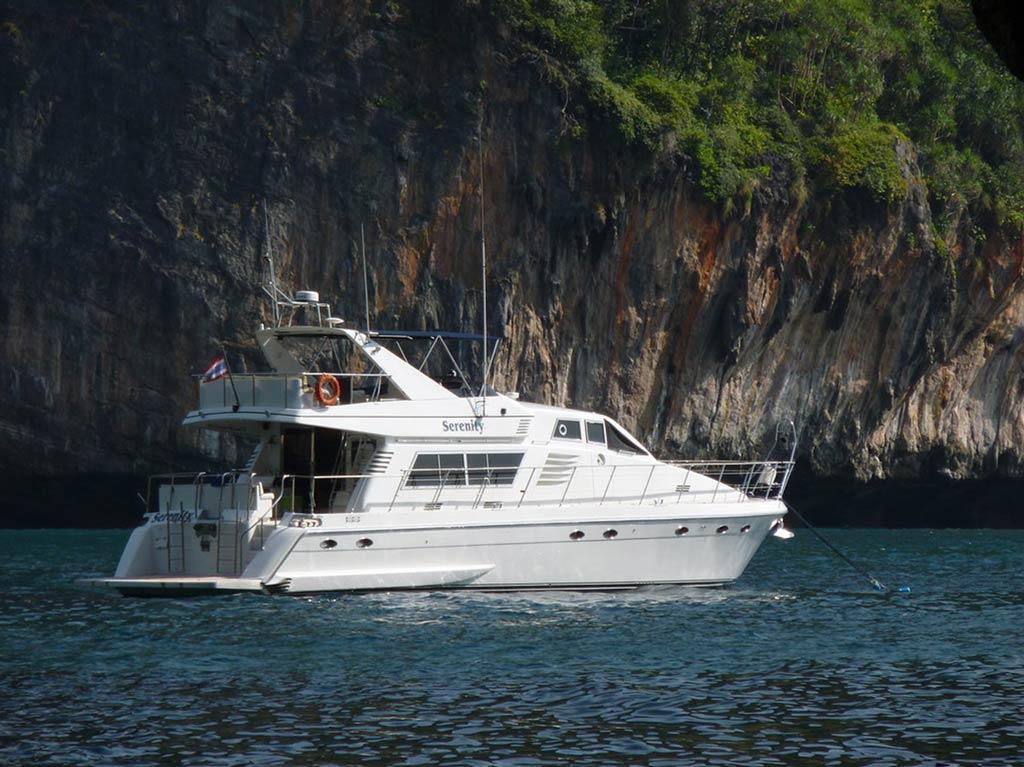 serenity-yacht-phuket-langkawi